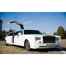 Лимузин Rolls Royce